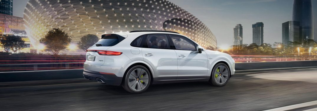 full view of the porsche cayenne e-hybrid