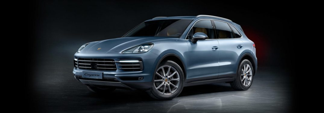 What colors does the new 2019 Porsche Cayenne come in?