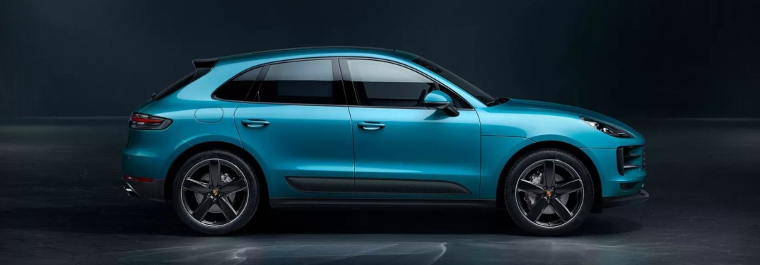 Side view of a blue 2019 Porsche Macan S