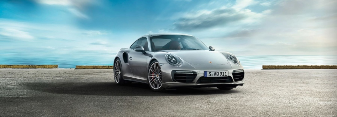 See the Blazing Speed of the New Porsche 911 Turbo