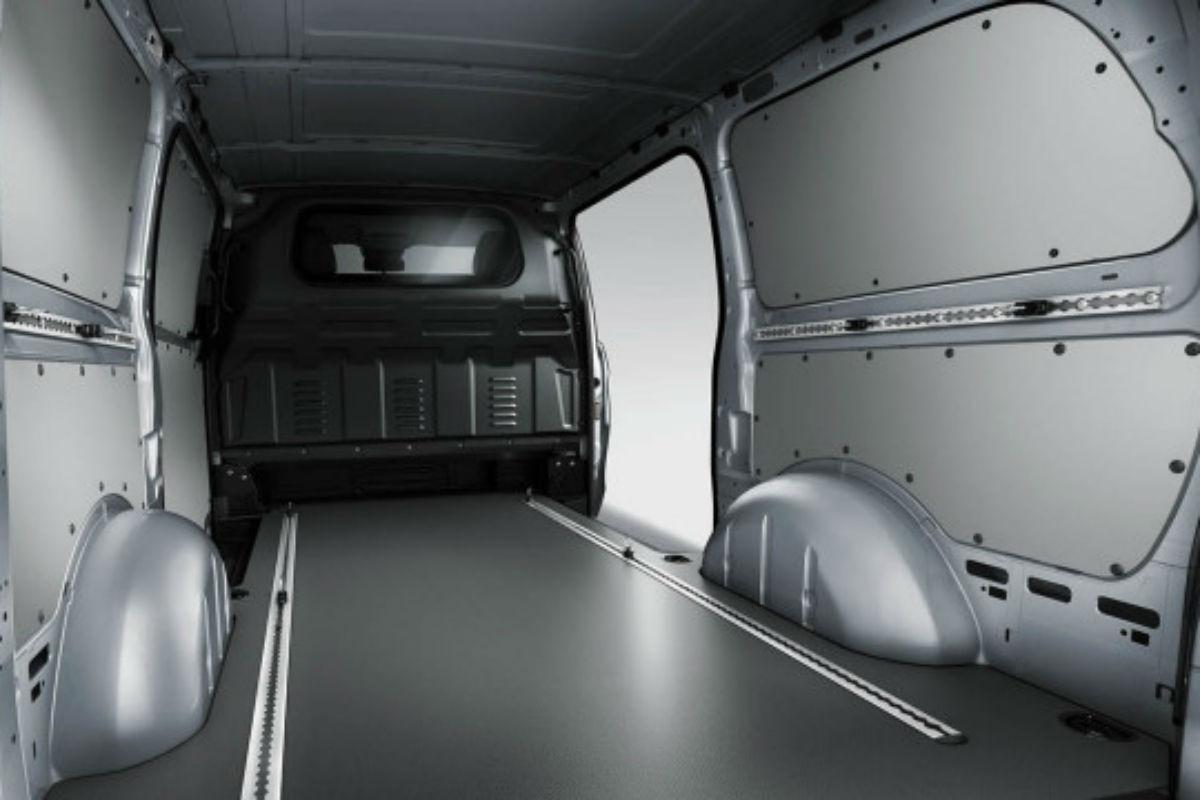 What Is The Cargo Capacity Of The 2018 Mercedes Benz Metris Van