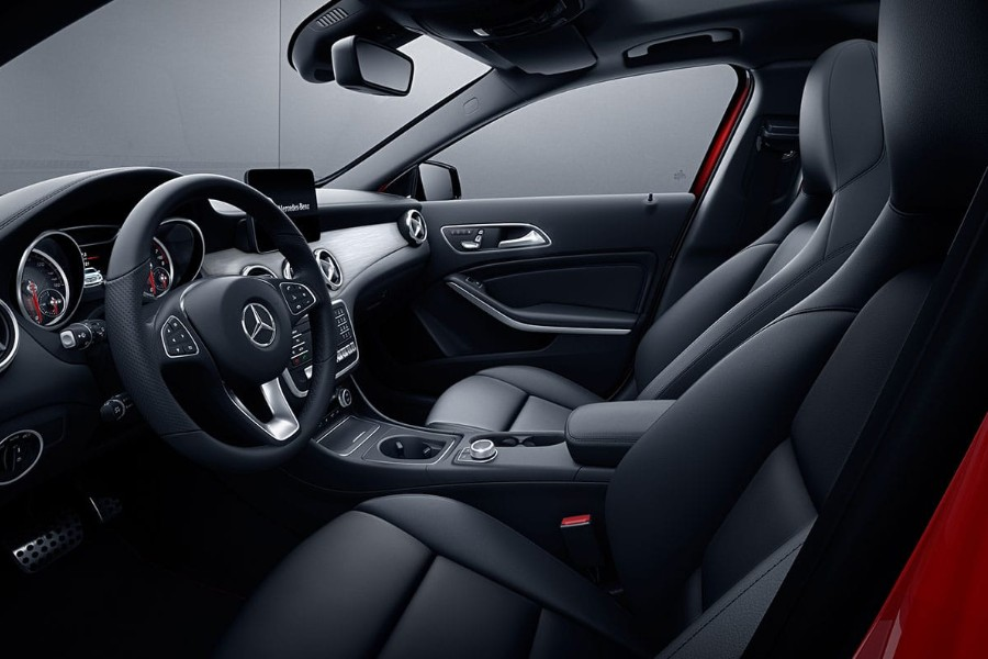 Driver angle of the front black interior in the 2019 Mercedes-Benz GLA 250