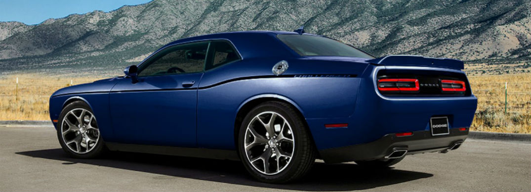 2017 dodge challenger engine options. Black Bedroom Furniture Sets. Home Design Ideas