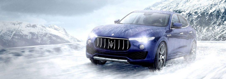 2018 Maserati Levante driving in the snow