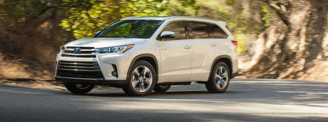 2017 Toyota Highlander Available Safety Features