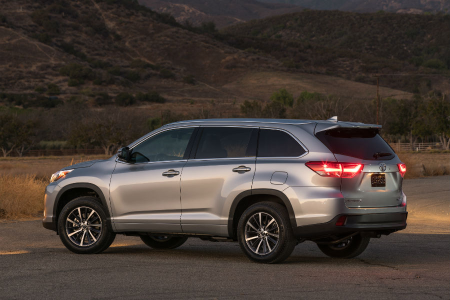 What Is The Ground Clearance On The 2018 Toyota Highlander