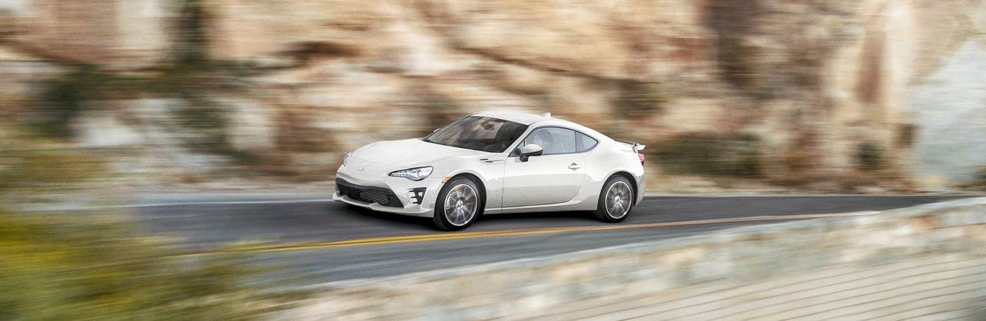 toyota 86 driving fast on mountain