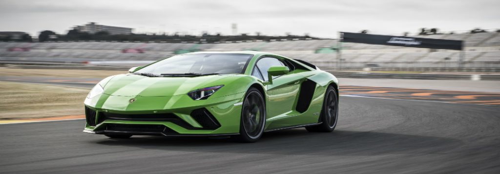 What Are The Advantages Of Lamborghini Four Wheel Steering