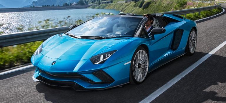 lamborghini aventador s roadster blue front view o lamborghini
