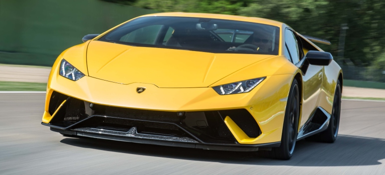 Difference Between The Huracan And The Huracan Performante