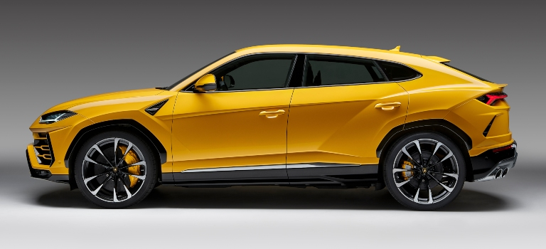 Lamborghini Urus yellow side view