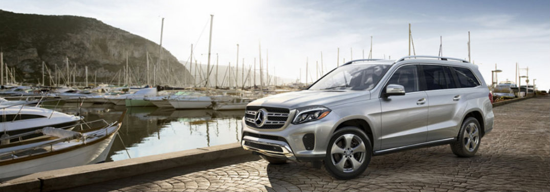 2018-Mercedes-Benz-GLS-SUV-in-front-of-boat-harbor