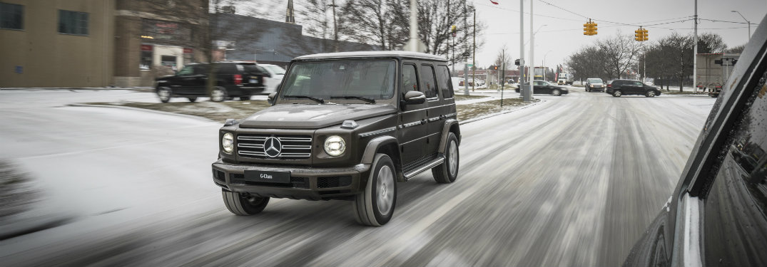 2019-Mercedes-Benz-G-Class-driving-down-snowy-road