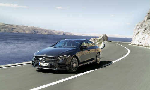 2019 Mercedes Benz CLS Driving On Highway Nears Cliffs And Lake