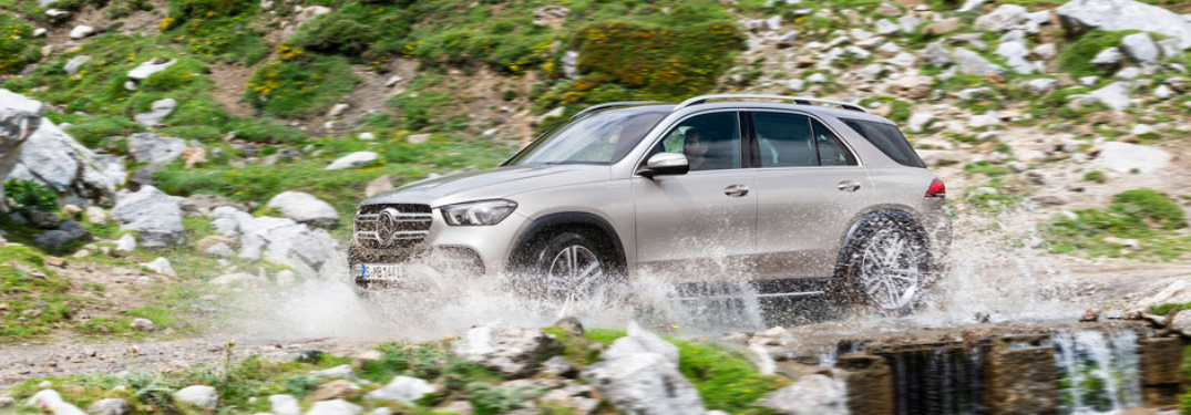 2020 Mercedes-Benz GLE driving outside