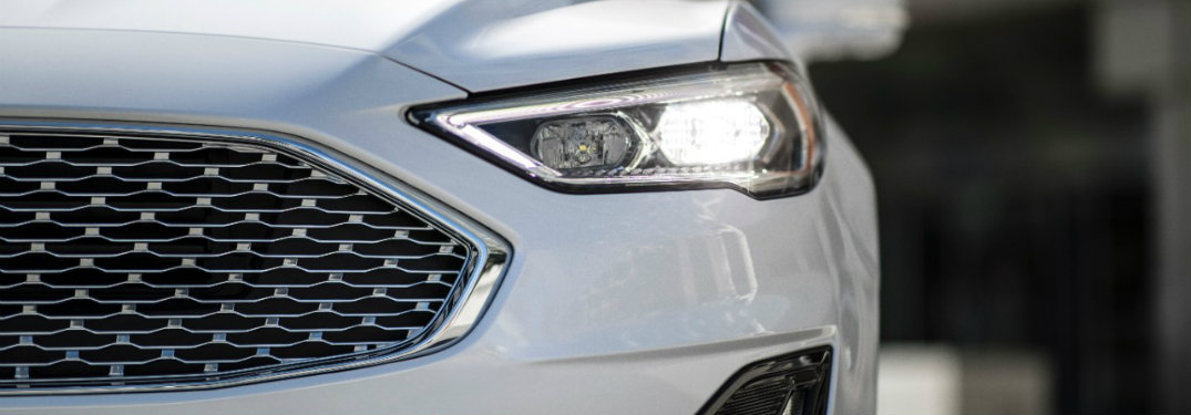 headlight and grille close-up of the 2019 Ford Fusion