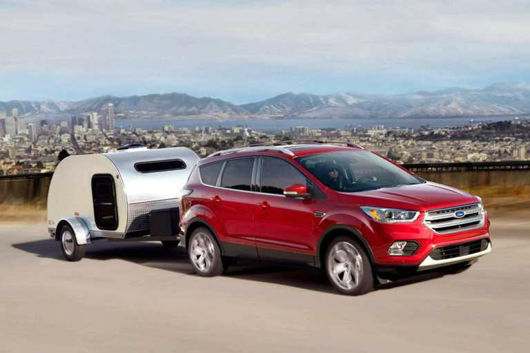 Ford Escape Offers Practical Towing Interior  Ford Edge Towing Red City B_o