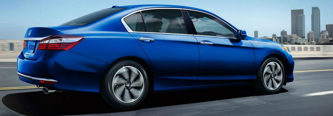 What are the Engine Options for the 2017 Honda Accord?