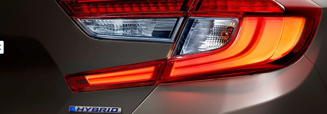 2020 Honda Accord Hybrid Tail light touring in Champagne Frost Pearl