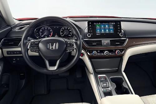 2020 Honda Accord cockpit showcase