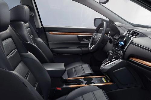 2020 CR-V cockpit showcase