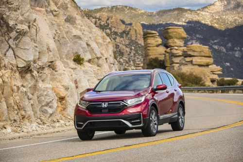 2021 CR-V driving on rocky road