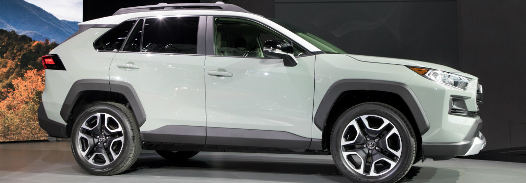 Toyota Releases Information on Specs and Features for Upcoming SUV