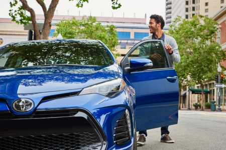 Features And Specs Of The 2019 Toyota Corolla B O Apple Valley Toyota