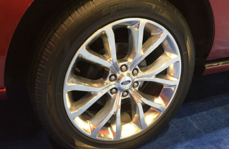 2018 Ford Expedition alloy wheels