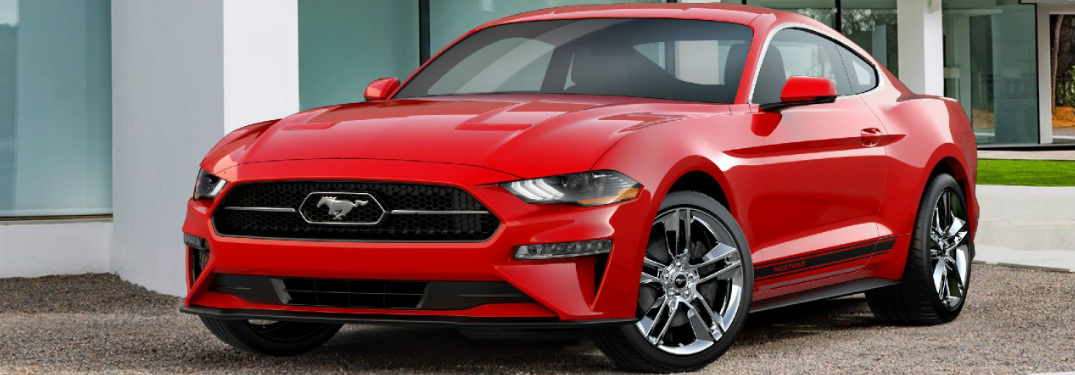 What does the 2018 Ford Mustang Pony Package offer?