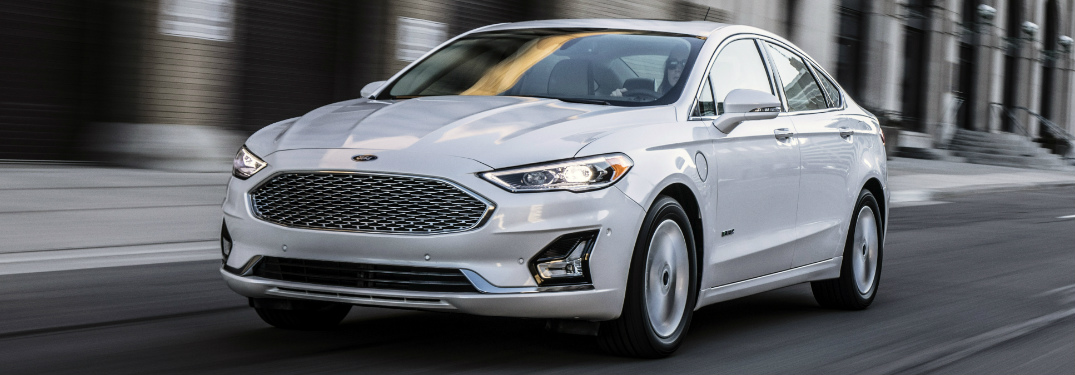 Front-View-of-White-2019-Ford-Fusion_o - Marlborough Ford