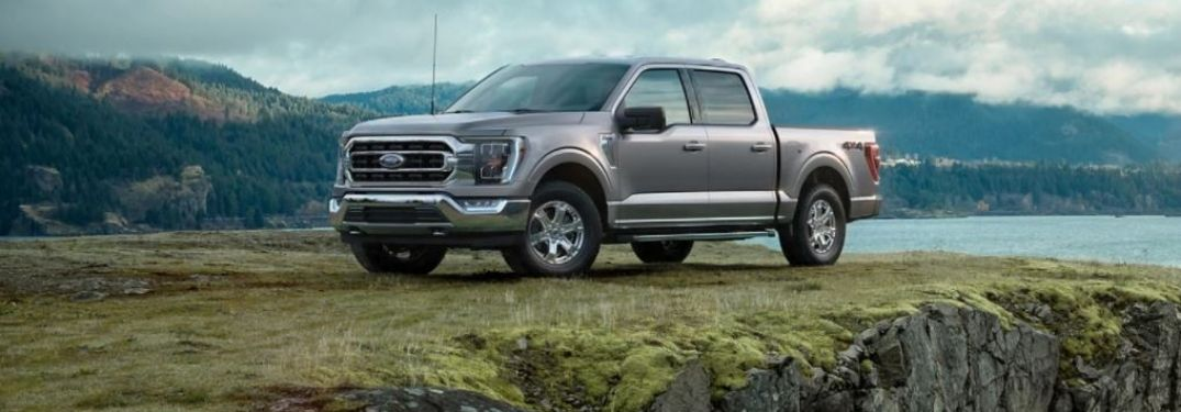 2021 Ford F-150 parked on a cliff side view