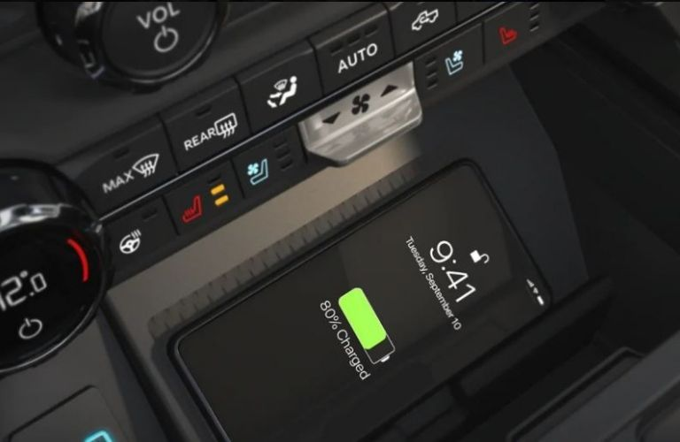 2021 Ford F-150 smartphone charging system