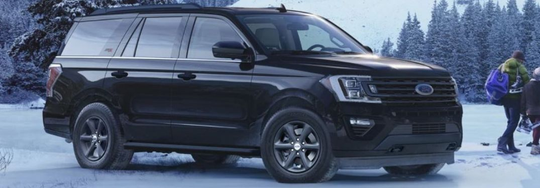 2021 Ford Expedition parked on snow
