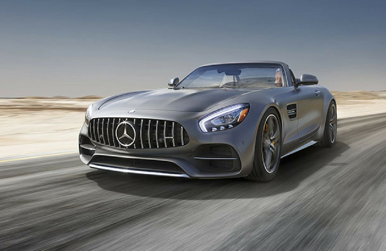 2018 AMG Gt Roadster with focus on grille