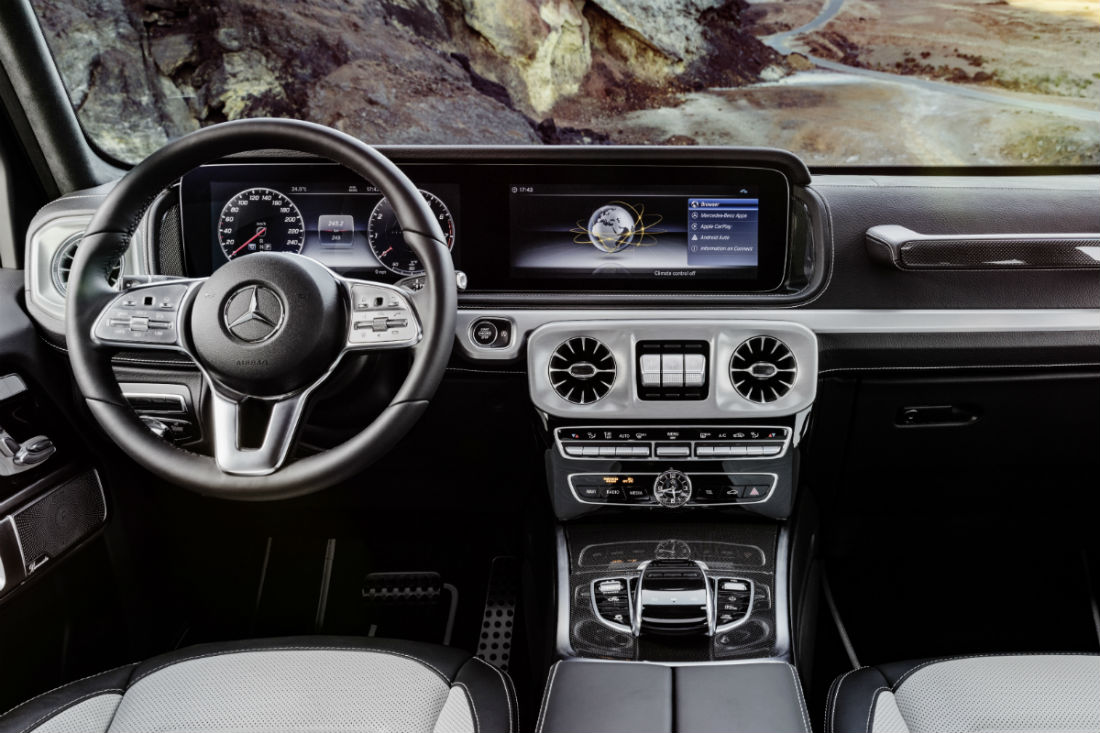 Driver's cockpit of the 2019 Mercedes-Benz G-Class