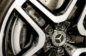 close-up look at Mercedes-Benz wheel