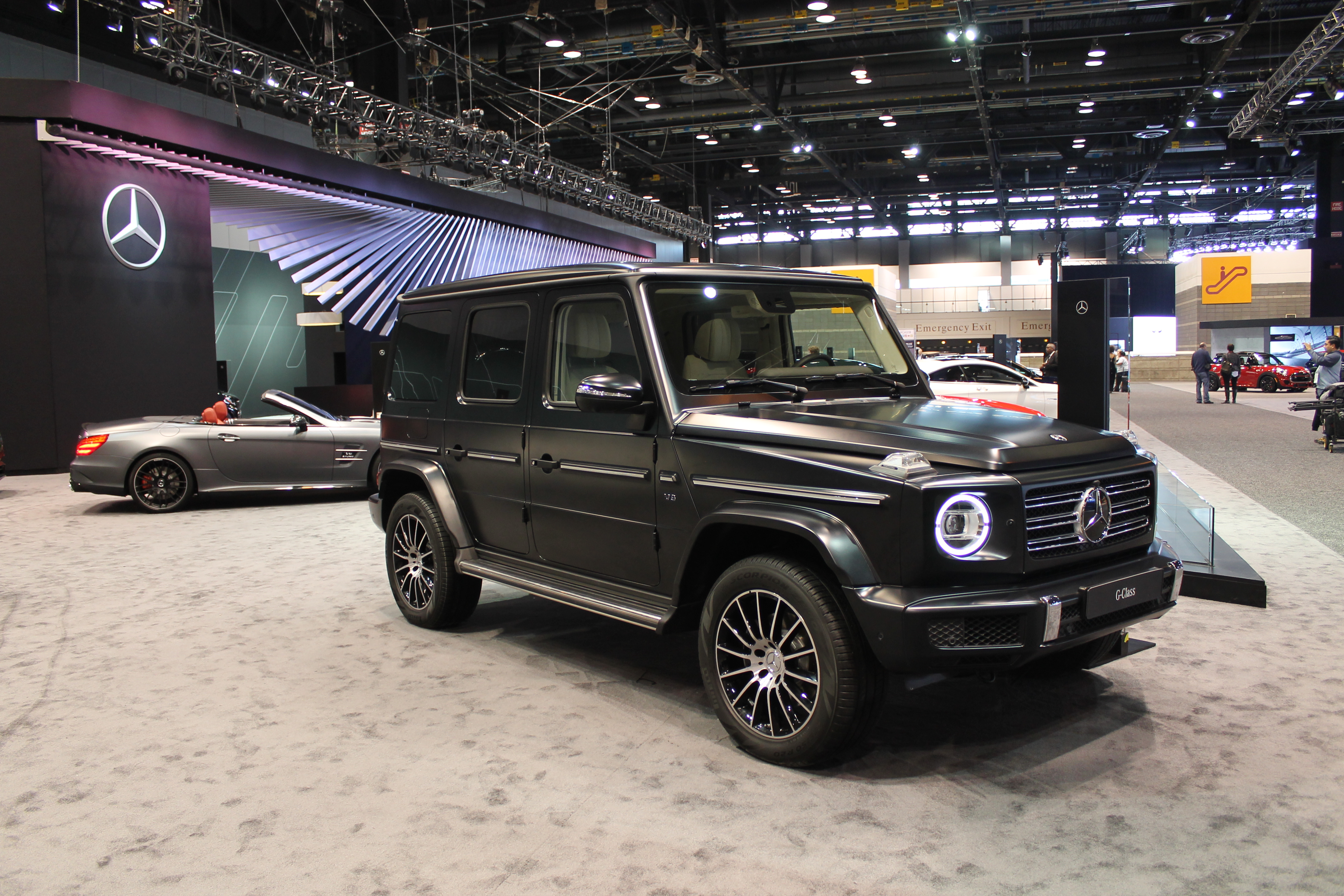 Exclusive photos of 2019 mercedes benz g class at the for Chicagoland mercedes benz dealers