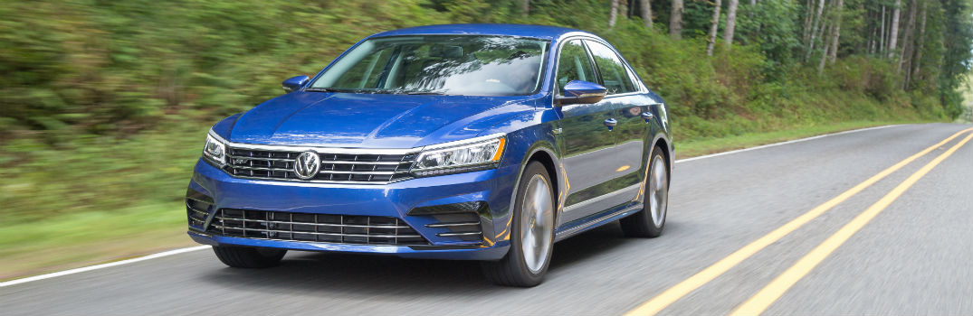 What engines are available in the 2017 VW Passat_o