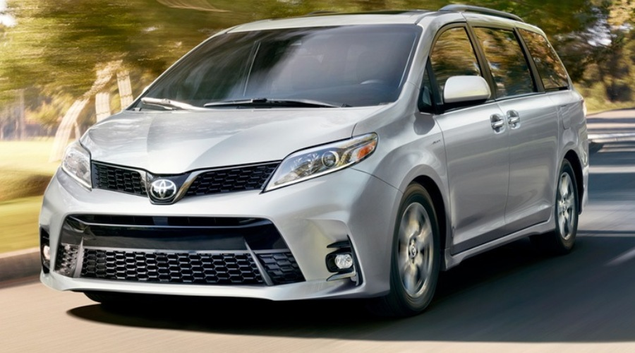 Front view of a silver 2019 Toyota Sienna