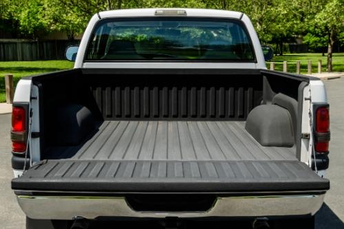 empty truck bed