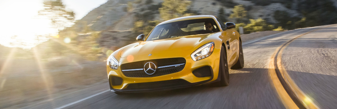 2017 Mercedes-Benz AMG GT R Top Speed and 0-60 MPH Time