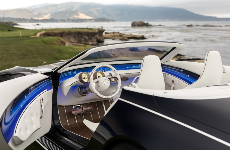 dashboard view of the Vision Mercedes-Maybach 6 Cabriolet