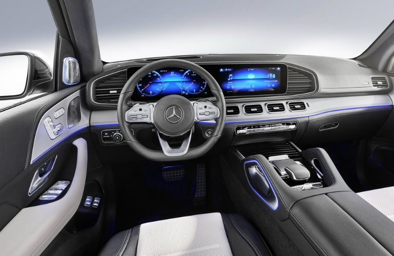dashboard of the 2020 Mercedes-Benz GLE