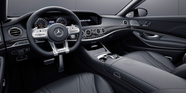 Mercedes-AMG® S 65 Final Edition steering wheel and dashboard