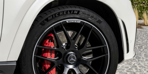 Closeup of wheel on 2021 Mercedes-AMG® GLE 53 Coupe
