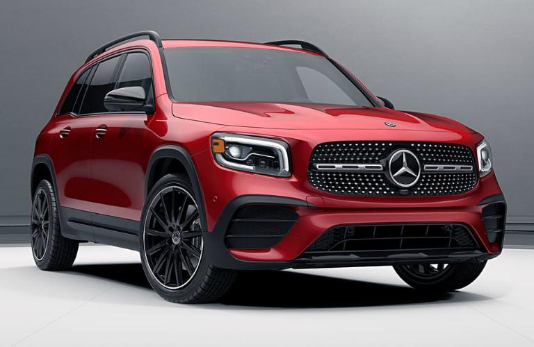 2020 Mercedes-Benz GLB front exterior