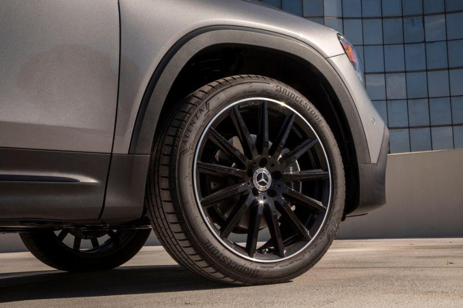Tire on 2020 Mercedes-Benz GLB