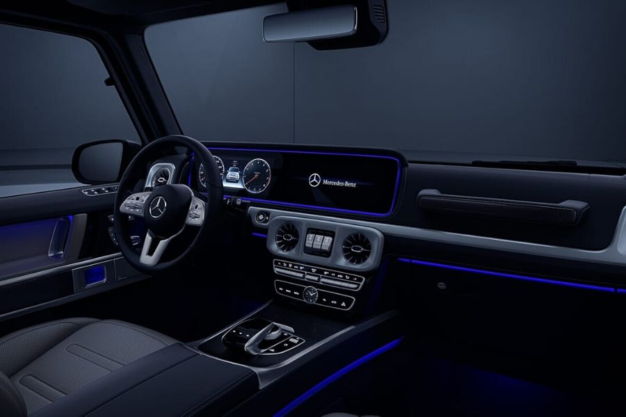 Interior cockpit of 2021 Mercedes-Benz G-Class showing ament lighting_o