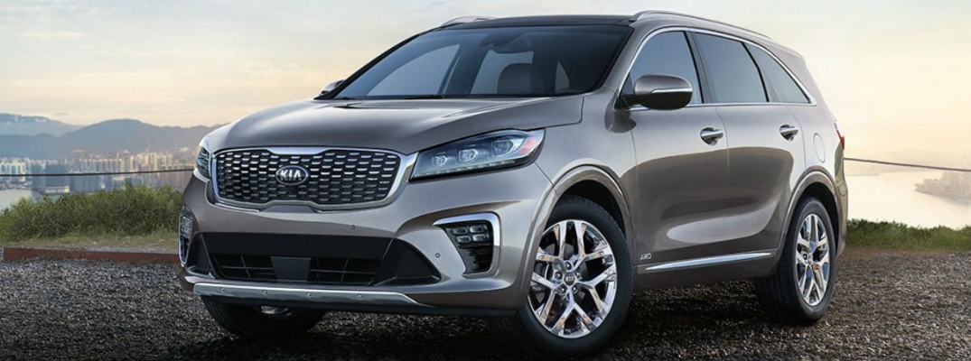 2019 Kia Sorento Front View of Gray Exterior